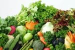 KEGIATAN SOSIAL : PKS Gelar Aksi Bagikan Sayur untuk Warga
