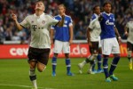 SCHALKE 04 VS BAYERN MUNICH :  Dua Gol Sundulan Bawa Bayern Memimpin 2-0