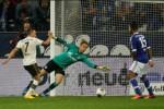 SCHALKE 04 VS BAYERN MUNICH : Die Roten Hancurkan Schalke 4-0