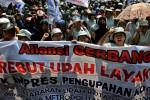 UMK 2014 : Apindo : Tuntutan Rp3 Juta Tak Masuk Akal