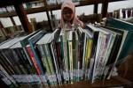 PERPUSTAKAAN DUSUN : Dusun Kamalwetan Miliki Perpustakaan