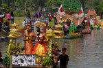 FASHION ON THE RIVER SUMPAH PEMUDA