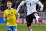 PEMAIN CEDERA : Cedera Lutut Warnai Kado Ulang Tahun Ozil