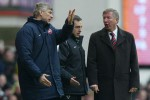 Rivalitas Manajer: Wenger Waspadai Comeback Ferguson