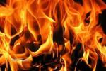 Korsleting Mesin, Minibus Terbakar di Kota Madiun