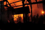 KEBAKARAN KARANGANYAR : Pengelola Pabrik Diminta Tambah Alat Pemadam Api
