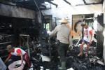 KEBAKARAN KARANGANYAR : Toko Besi di Ngargoyoso Ludes Terbakar