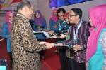 LPSE UGM Raih e-Procurement Award 2013
