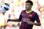 BINTANG LAPANGAN : Neymar Siap Gantikan Peran Messi Selama Cedera