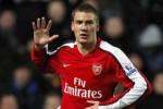 TRANSFER PEMAIN: Januari, Bendtner Ingin Tinggalkan Arsenal