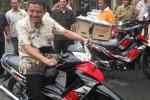 Bawa Motor Dinas, Kades Diminta Tidak Nakal di Losmen
