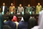 PILPRES 2013 : Dipinang PKB Jadi Capres, JK Tetap Golkar
