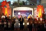 FOTO NATAL 2013 : Solo Paragon Jadi Kampung Santa
