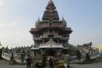 Unik, Gereja Katolik Ini Lebih Mirip Kuil Hindu