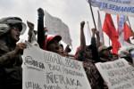 UMK 2014 : Buruh Pantang Menyerah Tuntut Revisi UMK