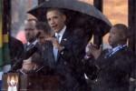 KISAH UNIK : Memalukan, Penerjemah Bahasa Isyarat Obama Ternyata Palsu