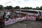 FOTO PENUTUPAN TERMINAL LEBAK BULUS : Menolak Penutupan Pelayanan Bus AKAP