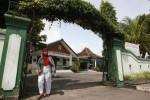 FOTO KANTOR KECAMATAN GEDONGTENGEN : Proyek Revitalisasi Stasiun Tugu
