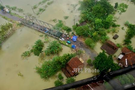 BANJIR JATENG : Petani Merapi Kirimi Sayuran Korban Banjir Kudus