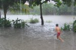 BANJIR JATENG : Banjir di Pati Memaksa 17.915 Orang Mengungsi