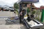 FOTO LEDAKAN ATM : Melakukan Olah TKP