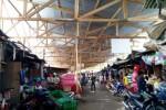 PASAR TRADISIONAL KARANGANYAR : Pasar Nglano Darurat Mulai Dikerjakan