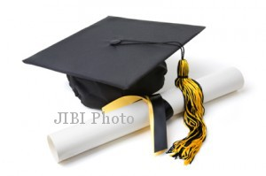 WISUDA SARJANA : UMS Luluskan 629 Mahasiswa FKIP