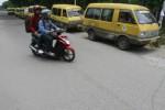 FOTO ANGKUTA TIDAK BEROPERASI : Angkuta  Jurusan Gulon-Baki Tidak Beroperasi