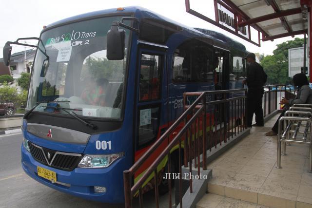 TRANSPORTASI SOLO : Bus BST Koridor 3 Beroperasi, Wali Kota Solo Ingatkan Sopir soal Ini