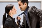 TIPS BERCINTA : Perhatikan 5 Hal Ini Sebelum Pacari Rekan Kerja