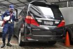 FOTO KASUS WAWAN : Mobil DPRD Banten Disita KPK