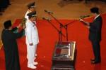FOTO PELANTIKAN GUBERNUR DAN WAKIL GUBERNUR JATIM : Pelantikan Soekarwo dan Saifullah Yusuf