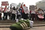 FOTO DEMO BURUH : Aksi Tolak PHK Sepihak