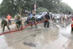 DAMPAK LETUSAN KELUD : Wali Kota Instruksikan Semua Lurah Solo Bersihkan Abu Vulkanik