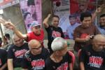 JOKOWI CAPRES : 22 Kader PDIP Cukur Gundul