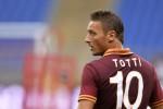 KIPRAH PEMAIN : Jika Totti Pensiun, AS Roma Siap Abadikan Nomor 10