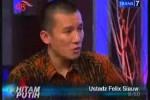 FELIX SIAUW KECAM SELFIE : Sebut Selfie Dosa, Felix Siauw Di-Bully Netizen