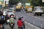 PERBAIKAN INFRASTRUKTUR : Gubernur: Perbaikan Jalan Bukan untuk Lebaran