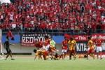 """PERSIS SOLO 1-0 PERSIP PEKALONGAN: Persis Menang Untung, Persip """"Parkir Bus"""""""
