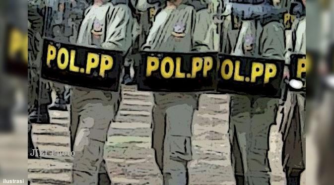 Masih Pandemi, Satpol PP Karanganyar Awasi Tirakatan HUT RI
