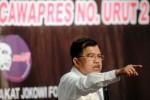 PILPRES 2014 : Kelelahan, Jusuf Kalla  Sempat Dilarikan ke Rumah Sakit