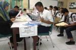 Wali Kota Solo Ancam Blacklist RT/RW Yang Palsukan Surat Domisili Calon Siswa di PPDB