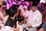 FOTO AGENDA PRESIDEN : SBY dan Ani Buka Puasa Bareng Anak Yatim
