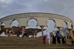 LIBUR LEBARAN 2014 : Ribuan Pengunjung Padati Objek Wisata di Semarang