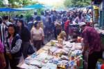 FOTO LIBUR LEBARAN 2014 : Sunday Market Manahan Padat Pengunjung