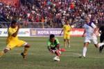 FOTO PERSIK VS PERSITA : Persik Kediri Kalahkan Persita Tangerang 3-1