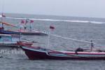 CUACA BURUK :  Gelombang Tinggi, Nelayan Pekalongan Nekat Melaut
