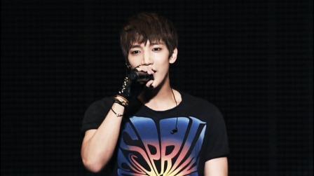 K-POP : Mengemudi Saat Mabuk, Jun K 2PM Minta Maaf