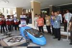FOTO MOBIL LISTRIK : Rektor UNS Lepas Estungkara ke Surabaya