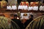 FOTO SLAMETAN MAPAG SURA : Budayawan Mapag Sura di Tugu Pemandengan